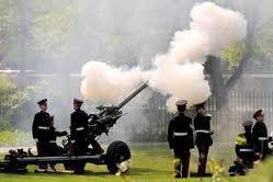 Royal Salute York, Guns Firing