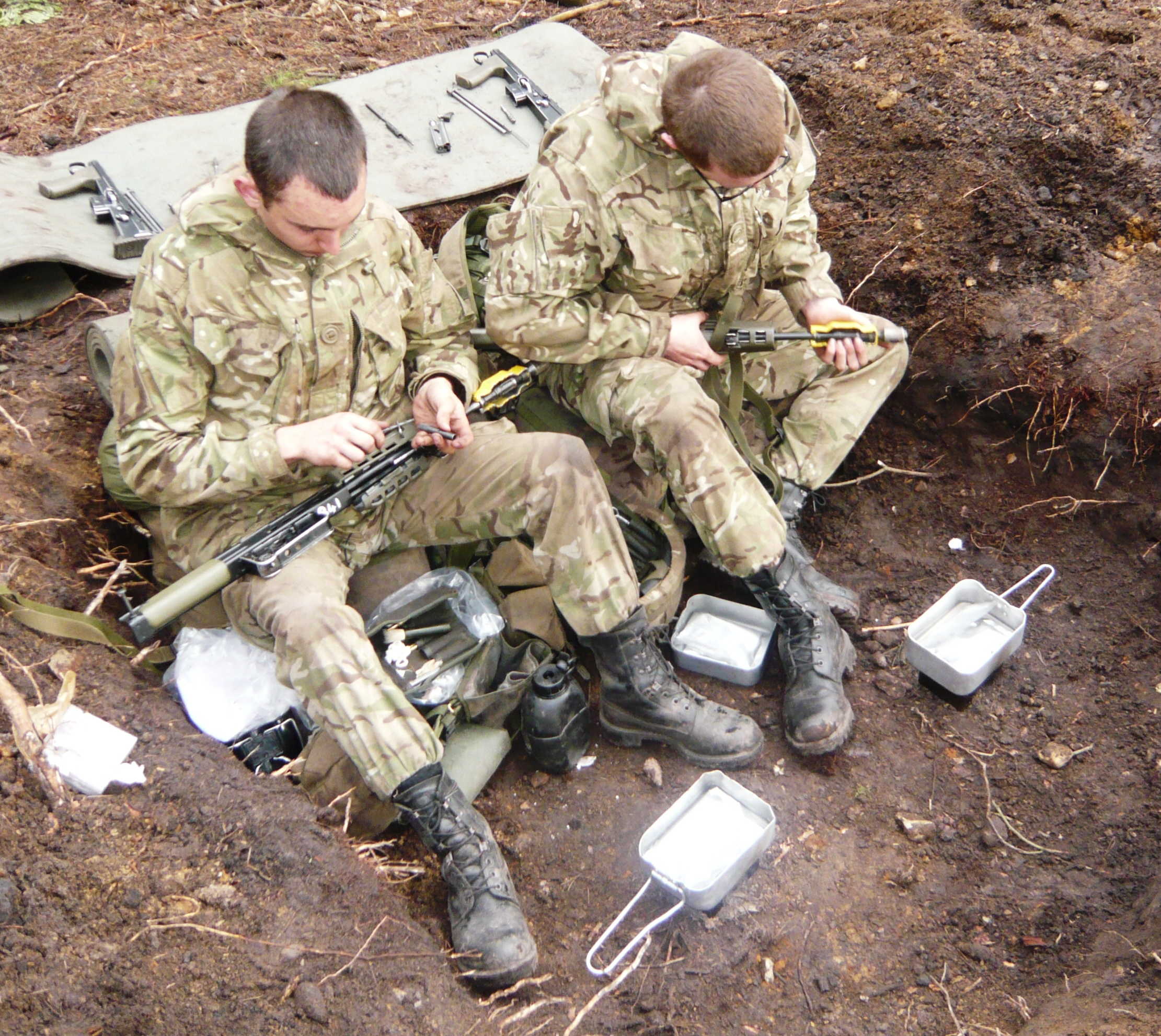 Drill Press Guard >> EW Sys Op – The Official British Army Blog