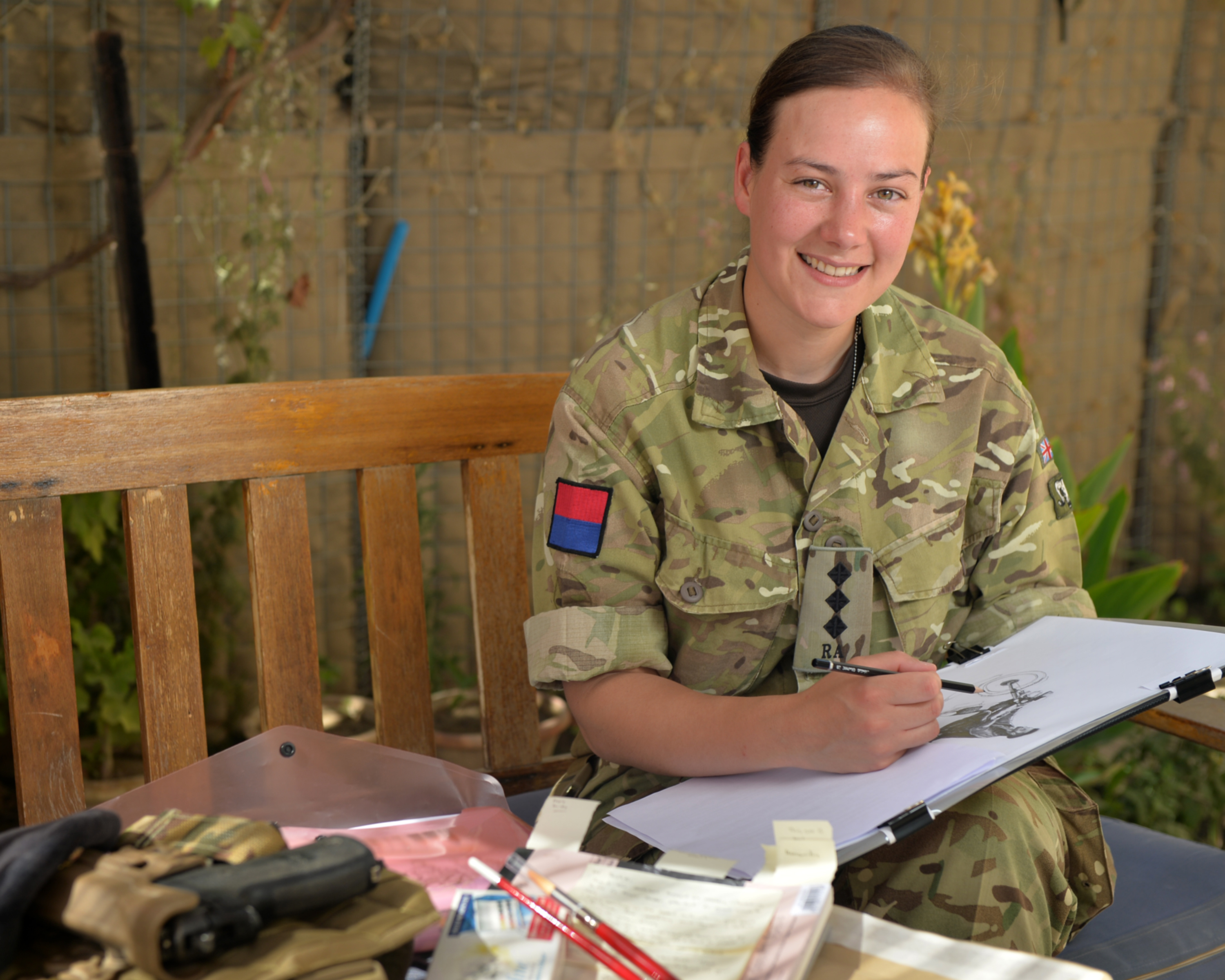 Drawing the official british army blog captain sophie whitaker 39 regt ra image by cpl si longworth rlc toneelgroepblik Images