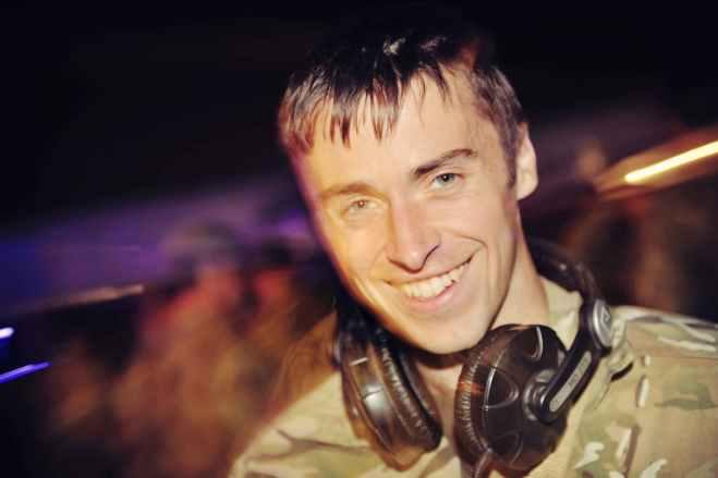 Sgt Barry Lloyd. Cpl Si Longworth (phot)
