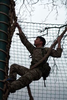 Swinging into the cargo net
